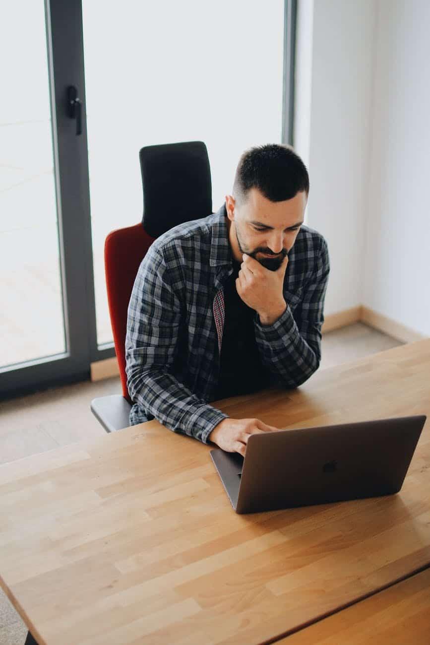 mokymai internetu kaip būti laimingu